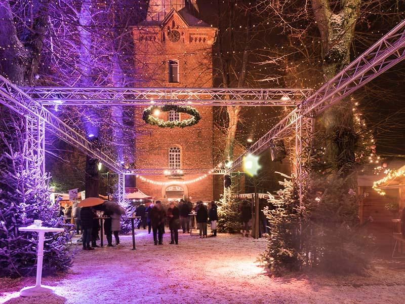 Was Gehört Auf Einen Weihnachtsmarkt.Lichterglanz Bad Bevensens Besonderer Weihnachtsmarkt