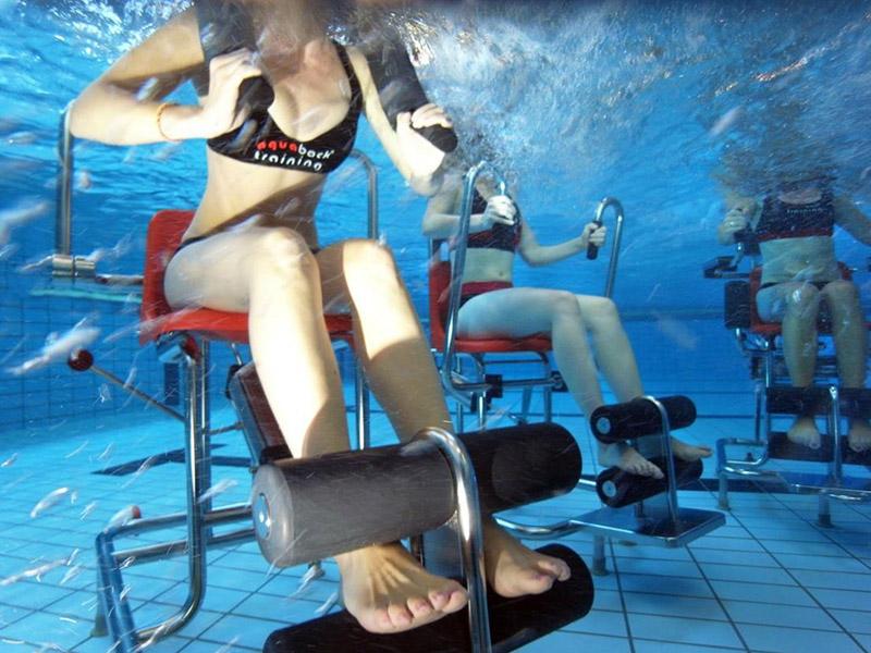 Aquaback - Gerätetraining im Wasser der Jod-Sole-Therme