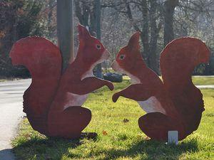 Hans-Hermann-Kunstaktion: das Eichhörnchen als Heide und Lerche