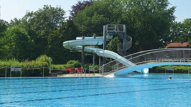 Riesenrutsche im Rosenbad Bad Bevensen