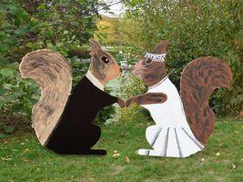 Hans-Hermann-Kunstaktion: das Eichhörnchen als Braut und Bräutigam