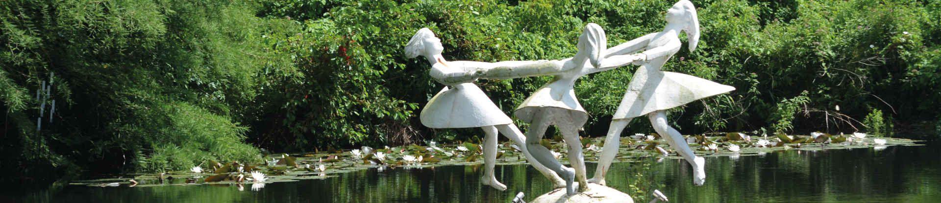 Figur Tanzende Mädchen im Kurparksee