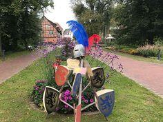Ritterwappen zum Mittelaltermarkt im Kurpark