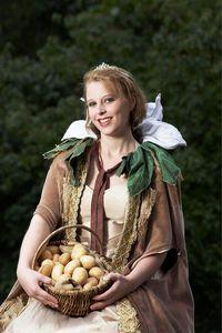 Bad Bevensens 2. Heidekartoffelkönigin Katja