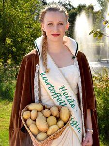 Heidekartoffelkönigin Kristin